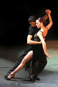 Ahhh the Tango from Buenos Aires where it is performed in the bars , cafes and dance halls of Argentina. People have lived, loved and even died for the Tango. Tango Dancers, Ballet Dancers, Shall We Dance, Lets Dance, Danse Salsa, Foto Portrait, People Dancing, Dancing Couple, Partner Dance
