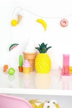 » 10 Minute DIY: Plastic Food String Lights