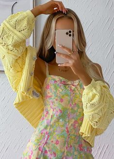 Teen Fashion Outfits, Mode Outfits, Retro Outfits, Cute Casual Outfits, Aesthetic Fashion, Aesthetic Clothes, Mode Chic, Looks Vintage, Spring Outfits
