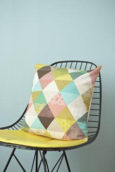 cushion Triangles, Maison Mini labo
