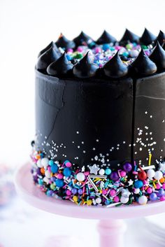 I don't usually like black frosting but I like the contrast with all of different sprinkles, quinns, etc at the bottom.