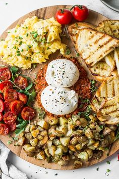 Burrata Breakfast Board - #board #Breakfast #burrata