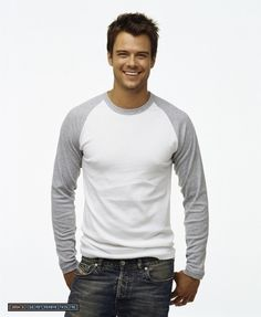 Josh Duhamel --- oh hello you delicious, delicious man.