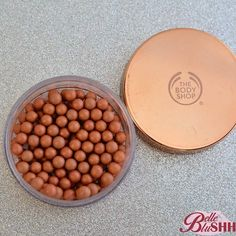 Product: The Body Shop Brush on Bronze Colour: Bronzing Pearls Retail: R199 Selling: R120 Usage: Used twice #belleblushhboutique