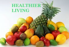 Juicing: What are the health benefits? Variety to your diet while helping you get the necessary nutrients from fruits and vegetables. Healthy Fruits, Healthy Eating, Healthy Food, Raw Food Recipes, Healthy Recipes, Fruits Images, Ripe Fruit, Good Enough To Eat, Fresh Fruits And Vegetables