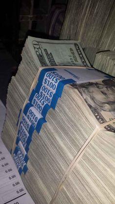 F// 💵- F// 💵 Pana Savou Paar dinge Pana Savou F// 💵 Paar dinge Pana Savou Mo Money, How To Get Money, Earn Money, Money And Happiness, Money On My Mind, Money Pictures, Dollar Money, Money Stacks, Rich Money