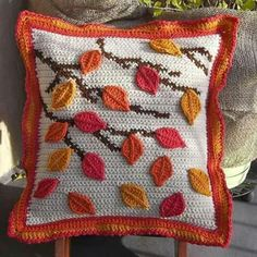 A stunning crocheted cushion cover inspired by Autumn leaves, made with quality acrylic yarn for easy care and softness. The back has a button closure andAnother Kawung motif cushion in lovely autumn colours. Inspired by Atty's Love for Crochet pattern Crochet Fall, Unique Crochet, Crochet Home, Crochet Crafts, Crochet Projects, Crochet Pillow, Crochet Motif, Crochet Patterns, Crochet Stitch