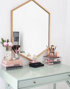 Image about makeup in Room Inspo by Cheap Home Decor, Diy Home Decor, Rangement Makeup, Room Goals, Life Goals, Home And Deco, Decor Room, Room Decorations, Tumblr Room Decor