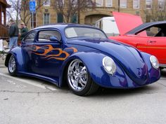 This Custom Bug was one of the entry's at our local 08 Car show.. with it's widened fenders and chopped top.. It was sure an attention getter..!!