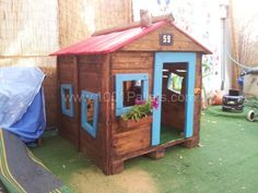2013 04 12 15.42.17 600x450 Kids dream hut in pallet kids projects with Pallets Kids Hut House