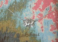 lotus delicada, colar de prata, flor de lótus (1)