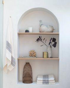 Art Niche, Niche Decor, Diy Wall Decor, Home Decor, Wall Shelves, Shelving, Wall Niches, Home Room Design, House Design