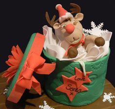 Rudolf's gift  Cake by vanillasugar