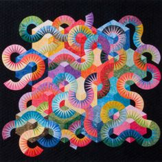 Jacqueline De Jonge quilts - I hate paper piecing,but her quilts are really cool. Quilting Templates, Quilt Patterns, Quilting Ideas, Electric Quilt, New York Beauty, Colorful Quilts, Book Quilt, Quilt Kits, Machine Quilting