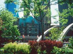 One-Day Walking Tour of Downtown Toronto