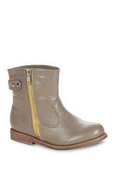 Contrast Zipper // Boot