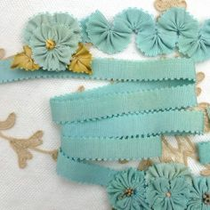 Antique French Picot SILK Ribbon Robins Egg Blue Diy Ribbon Flowers, Ribbon Art, Lace Ribbon, Silk Ribbon Embroidery, Ribbon Crafts, Flower Crafts, Fabric Flowers, Aqua, Turquoise