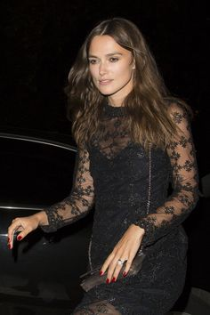 keira-knightley-genetic-x-liberty-ross-launch-event-at-annabel-s-in-london_5.jpg 1,280×1,920 pixels