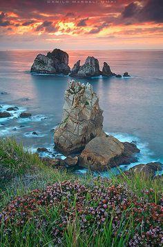 Costa Quebrada: Photo by Photographer Camilo Margelí -