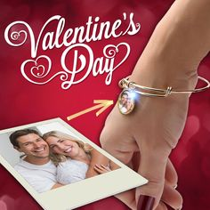 Expandable Photo Bracelets make the Perfect #Valentine's Day Gifts!  <3 #valentinesgiftsforher