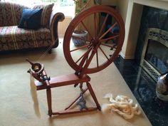 Canadian Production Spinning Wheel - DesJardins