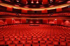 Wat houdt mij bezig?: Theater, moeten we vaker doen...denk ik.