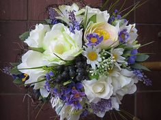 anad333 / ZLAVA_fialovo-biela kytica svadobná,gratulačná