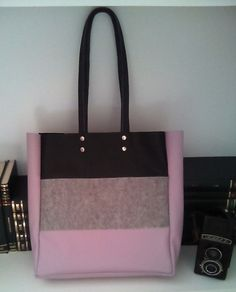 Leather tote.Felt tote.Black leather tote.Grey felt tote.Leather tote bag.Violet leather tote.