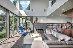 Situated in #Seattle, Washington, this contemporary private #house was recently completed by Floisand Studio.
