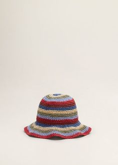 If you're looking for a way to zhuzh up your bikini, take a look at our roundup of the coolest swimwear accessories. Crochet Designs, Knitting Designs, Crochet Patterns, Crochet Clothes, Diy Clothes, Knit Crochet, Crochet Hats, Braid Designs, Cool Hats