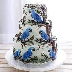 Torten dekorieren ist kein Zuckerschlecken.