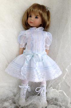 Heirloom Dress: Blue Batiste   Flickr - Photo Sharing!