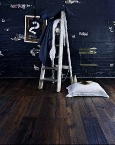 Kingsford Engineered Distressed Antique Reclaimed Oak 190mm x 15/4mm Handscraped Wood Flooring