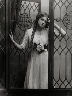 Gladys Cooper by Alexander Bassano 1910