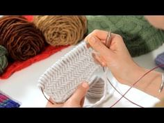 How to Knit The Horizontal Herringbone Stitch - YouTube