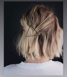 20 best short bob hairstyles for women - Bob Hairstyle Source B. - 20 best short bob hairstyles for women – Bob Hairstyle Source Bob 2019 Shaved So - Inverted Bob Hairstyles, Bob Hairstyles For Fine Hair, Medium Bob Hairstyles, Top Hairstyles, Bobby Pin Hairstyles, Back To School Hairstyles, Ladies Hairstyles, Messy Bob Haircuts, Bob Hair Dos