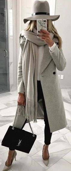 #winter #outfits  gray coat. Pic by @rome_fashion_style.