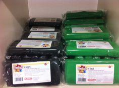 Fondant Kelmy de 300 gramos en colores Verde y Negro