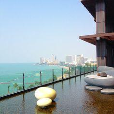 สัมผัสความสุขระดับเวิลด์คลาส (World Class) @Hilton Pattaya  ปล่อยใจให้สุขเต็มอิ่ม กับวิวทะเลสุดโรแมนติก..ทุกองศา (ตั้งอยู่เหนือศูนย์การค้าเซ็นทรัลเฟสติวัล พัทยา บีช )  ภายในตกแต่งให้ความรู้สึกเหม…