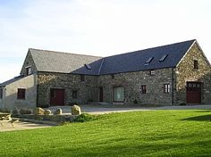 Holiday Cottages in Llanrhian, Pembrokeshire Coast National Park, Pembrokeshire, Wales Pembrokeshire Wales, Cottages, National Parks, Cabin, House Styles, Holiday, Home Decor, Homemade Home Decor, Cabins