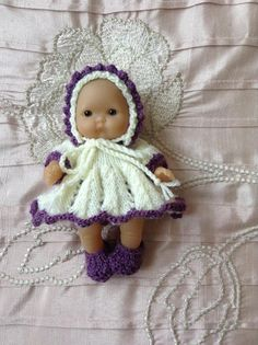 Hand knitted dolls clothes to fit 5 Berenguer Itty