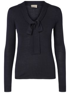 Bow blouse from VERO MODA. Style it with a pair of high waist flared jeans ad364ce022