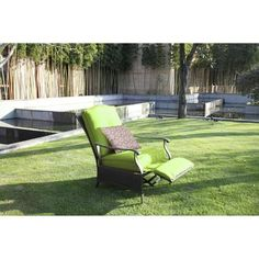 Better Homes and Gardens Providence Outdoor Recliner, Green