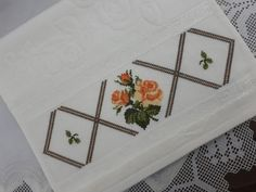 This Pin was discovered by eli Cross Stitch Flowers, Cross Stitch Patterns, Floral Lampshade, Rose Cocktail, Palestinian Embroidery, Linen Tablecloth, Vintage Embroidery, Cocktail Napkins, Cross Stitching