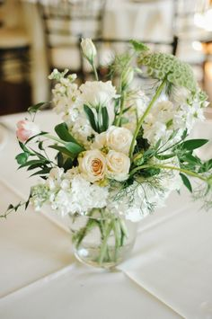 Ivory and Green Centerpieces | photography by http://rebekahwestover.com/