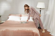 Luxury Rose Blush 3PCs Silk Bed Sheets Sets