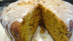 This is a very moist and delicious carrot, pineapple, coconut and pecan cake. It has the pineapple and olive oil which keeps it fre. Carrot Cake With Pineapple, Best Carrot Cake, Pineapple Juice, Pineapple Coconut, Peanut Butter Cookie Recipe Soft, Frozen Broccoli Recipes, Easy Baked Chicken, Baked Pork, Chicken Recipes