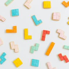 Relive your childhood memories with this DIY Tetris cookie tutorial!