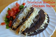 Crockpot Buffalo Chicken Taco Recipe--sounds stupid easy, just don't overcook the chicken Chicken Bacon Ranch Crockpot, Buffalo Chicken Tacos, Chicken Taco Recipes, Chicken Ideas, Gf Recipes, Mexican Food Recipes, Real Food Recipes, Yummy Food, Yummy Yummy