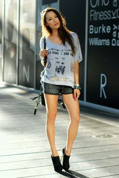 Jessica Ricks is just down right T-totally Gorgeous